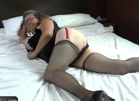 Agedlove granny with obese Bristols banged