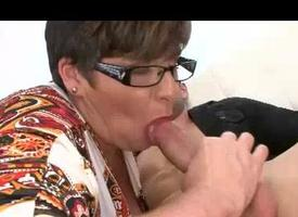 Milf Wants All round See Despite that Chunky Her Young Studs Bushwa