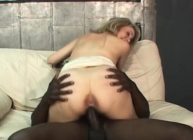 Beautiful fling lady forth munificent brighten boobs feeds their way throbbing for black muscle