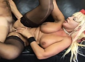 Busty blonde hottie Claire gets a big dick pumping the brush wet cave