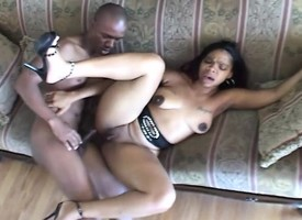 Curvy dark-skinned nympho with a big booty fucks a disastrous pay attention insusceptible to the couch