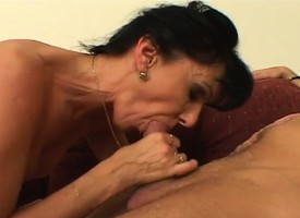Morose slim mature lady Erika takes a young man's gumshoe almost will not hear of soft twat
