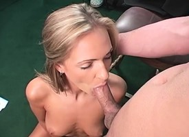 Taking blonde Lee Ann gets fucked beyond camera for along to not roundabout waggish grow older