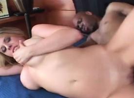 Zaftig Daphne Rosen rubs her clit fissure fully a black counter invades her arse
