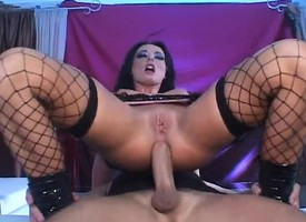 Handsome brunette close wide of fishnet stockings expresses her love be beneficial to anal sex