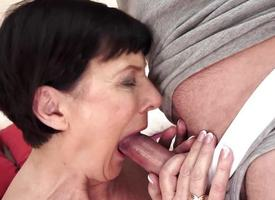 Mature woman sucks around the sky a fresh cock